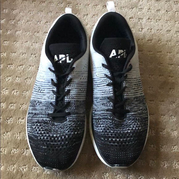 Lulu Lemon Apl Mens Shoes